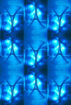 jack frost: fresco azul patr�n: al rev�s vaso de martini, con bloques de vidrio toma las heladas de cristal de hielo invernal patrones