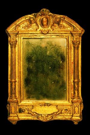spiegels: sierlijke oude frame met stoffige spiegel