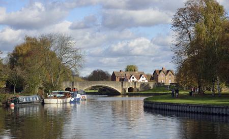 Burford Bridge & River Thames. Abingdon-on-Thames, OxfordshireSouthern bridge of the Abingdon Bridges, built 1416, rebuilt 1927