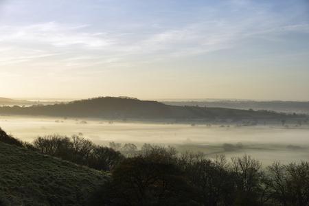 Dundon ヘイズ丘、Polden の丘、サマセット下霧