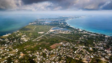 カリブのグランド ケイマン島の航空写真