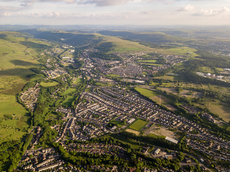 Aerial view of the town of Ebbw Vale in the South Wales valleys Archivio Fotografico