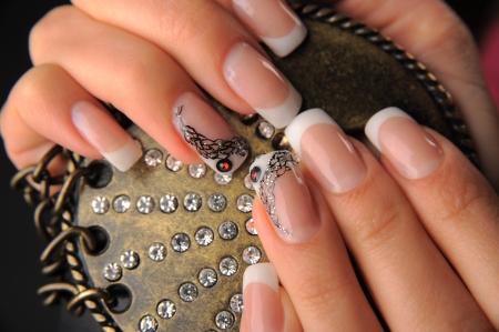 manicures beautiful pattern on nails Stock Photo - 15350516