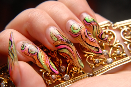 manicures beautiful pattern on nails Stock Photo - 15368952