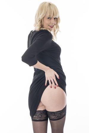mini skirt: Con autorización del modelo. Sexy mujer joven perno encima de Poses