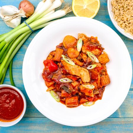 Chinese Style Kung Po Chicken With Egg Fried Rice Banco de Imagens