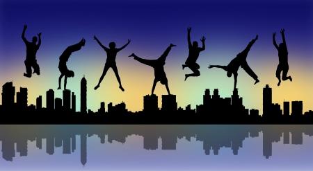 juventud: siluetas de jóvenes felices saltando una gran ciudad silueta panorámica de noche