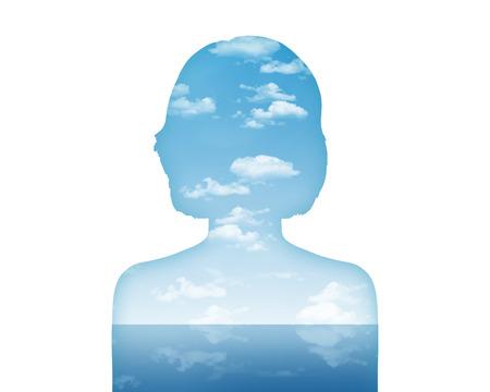 水と空気、美しい風景として彼女の内面世界を示す若い女性 s 肖像画のシルエット