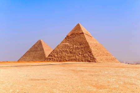 pyramide egypte: les pyramides de Gizeh, �gypte. Banque d'images