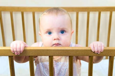 bebe cuna: ni�o