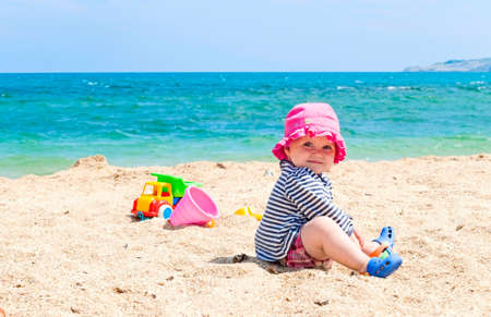 sand toys: baby