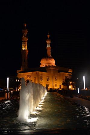 sharjah: Sharjah mosque behind Fountain