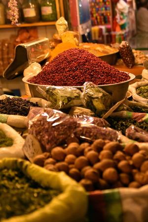 safavid: Inside spice market at  Isfahan Grand Bazaar, Naqsh-e Jahan Square, esfahan, Iran