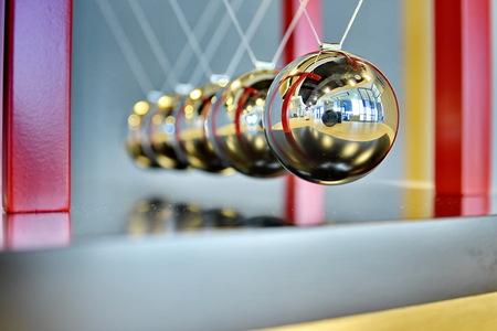 newton's cradle: 5 Balls Pendulum, Newtons cradle