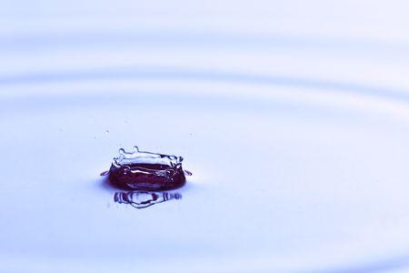 A clean splash in the water Banco de Imagens - 7586892