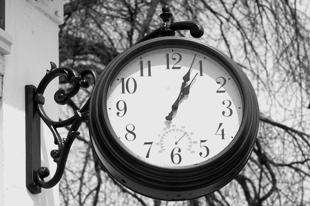 Black and white outdoor Clock