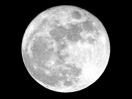 Full Moon 版權商用圖片