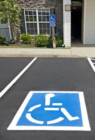 障害者駐車場 写真素材