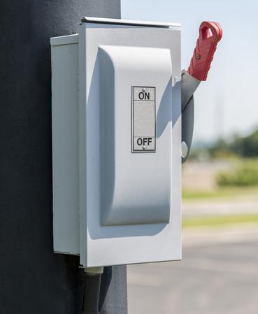 palanca: ON  OFF de la palanca en el tiro vertical eléctrico Poste Foto de archivo
