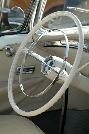 round rods: 1950s classic car steering wheel Stock Photo
