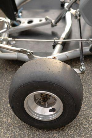 geschniegelt: close-up der Go-Kart-Slick-Reifen