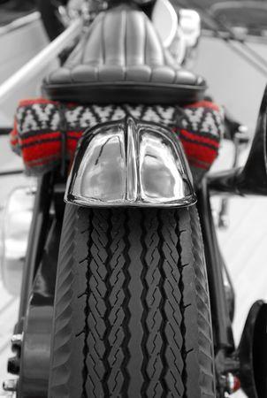 roadtrip: custom bike traveling light on a road-trip