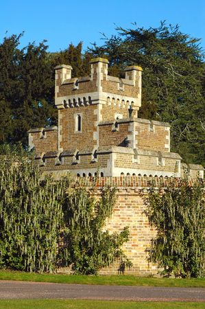 gatehouse: historic british castle gatehouse turret near windsor Stock Photo