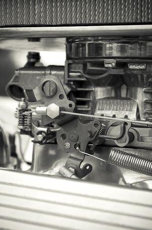 alto rendimiento: portarretrato de carburador en un autom�vil de alto rendimiento  Foto de archivo