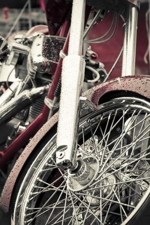 tremp�e: la pluie rouge imbib� et r�sum� de moto de chrome