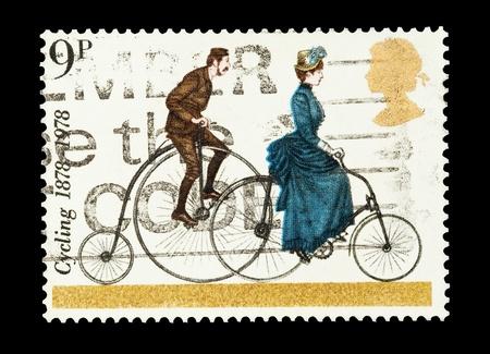 timbre postal: sello de correo impreso en el Reino Unido celebrando un centenario de ciclismo