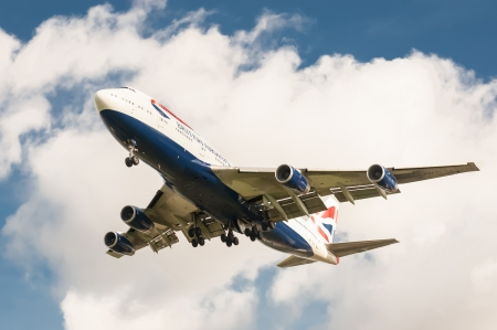 London, Heathrow Airport - October 30, 2012: British Airways Boeing 747 on landing approach to London - Heathrow, UK; the third busiest airport in the world. Editorial