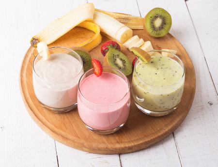 Fruit smoothies with  strawberry, kiwi & banana Banco de Imagens - 40465613