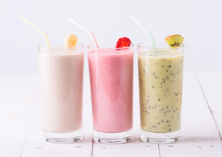 smoothie: Fruit smoothies with  strawberry, kiwi & banana