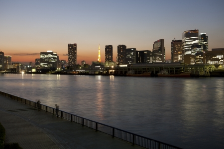i hope: I hope Tokyo Tower from the Sumida River
