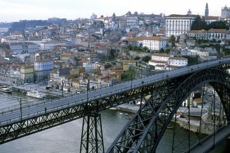 riverine: Views of Porto