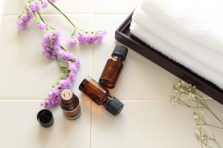 en suite: Aroma oil Stock Photo