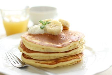 stowing: Breakfast of banana pancake