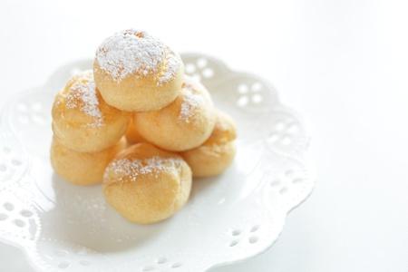 stowing: Cream puff