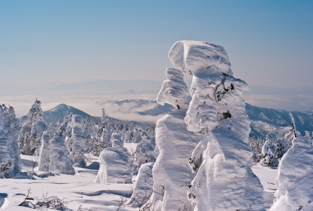 ridgeline: Asahi mountain range and rime
