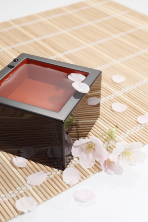 lacquer ware: Sho sake of cherry blossoms