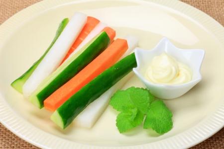 dikon: Palitos de vegetales