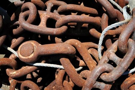 iron hoops: Chain