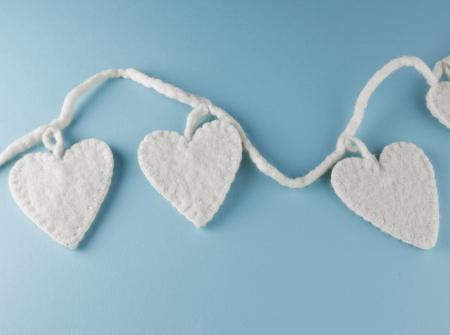 corazones de amor: Felt Love Hearts Foto de archivo