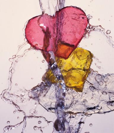 objetos cuadrados: En forma de coraz�n y objetos cuadrados se lavaron