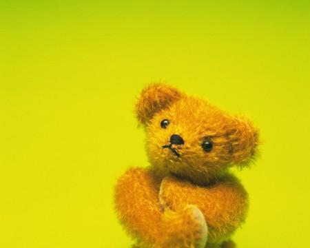 fold ones arms: Pondering Teddy Bear