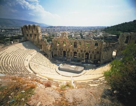 teatro antiguo: Teatro de la acr�polis antigua Foto de archivo