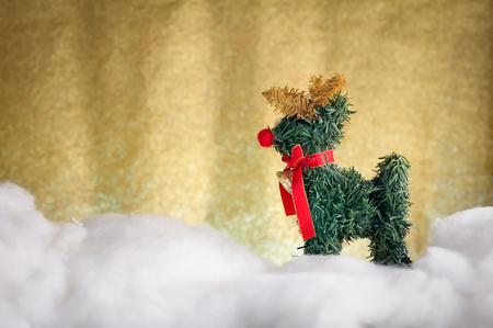 venado: la decoraci�n de Navidad ciervos Navidad en la nieve con background.jpg brillo del oro
