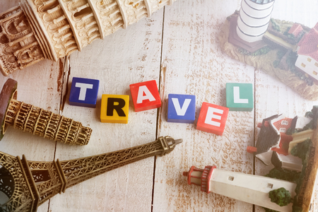 travel concept  world famous souvenir with travel word in the middle with vintage color for memory theme 免版税图像