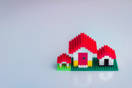 toy house: mini toy house business concept
