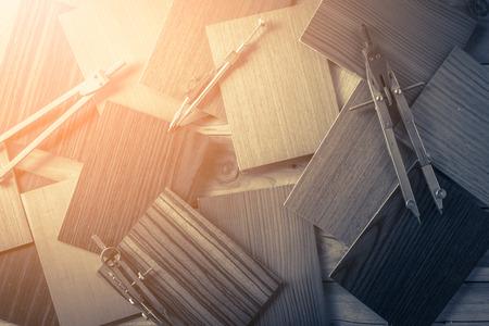 monster van hout laminaat materiaal op houten achtergrond met gratis copyspace